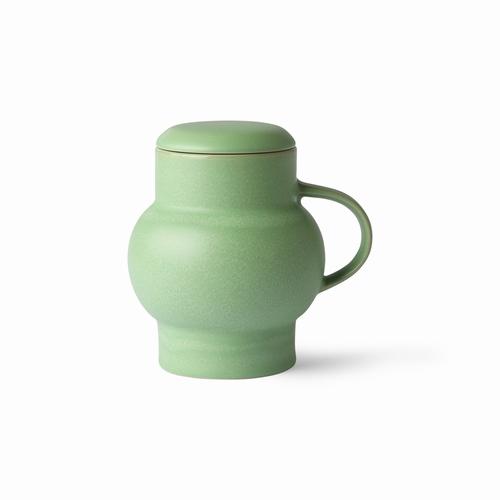 Laissez-vous tenter par ce mug vert qui sera idéal pour