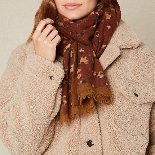 Cette merveilleuse écharpe / foulard 100% laine à motifs