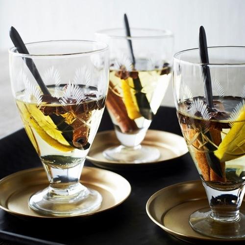 Craquez pour ce verre aux détails délicats et élégants qui
