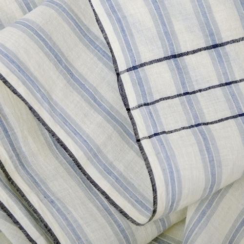Laissez-vous séduire par cette écharpe en coton aux couleurs