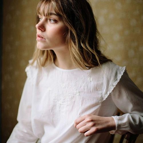 Vous tomberez sous le charme de cette blouse en voile de